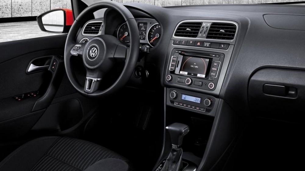 Volkswagen_Polo_1.6 HL