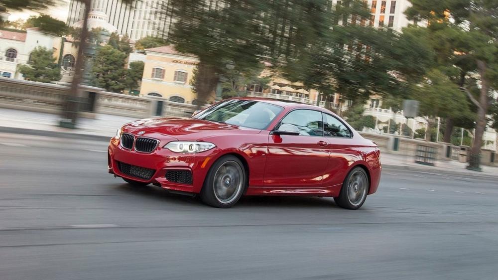 BMW_2-Series_M240i手排版