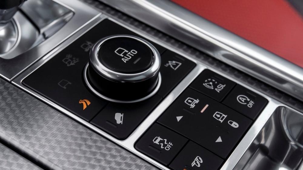 Land Rover_Range Rover Sport_5.0 SCV8 SVR