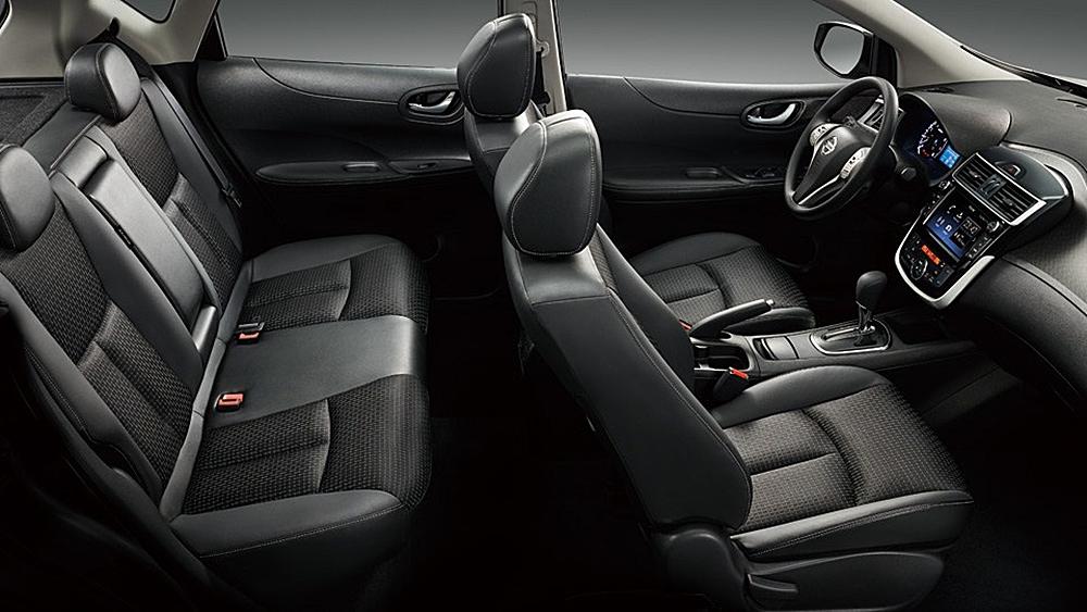 Nissan_Tiida 5D(NEW)_豪華版