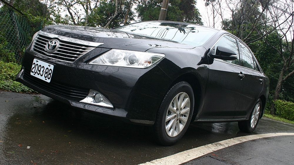 Toyota_Camry_2.5 G
