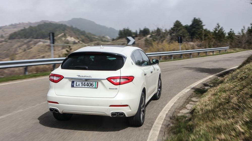 Maserati_Levante_S