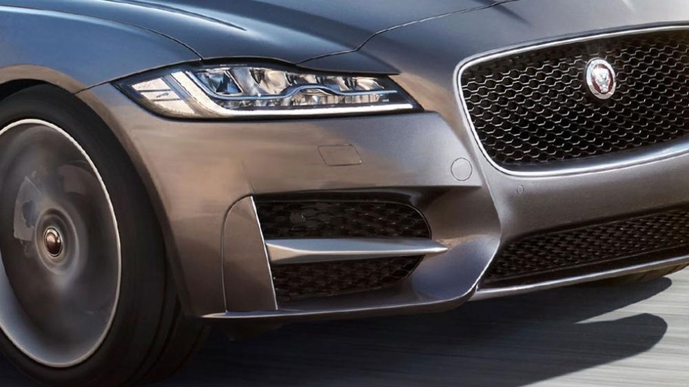 Jaguar_XF_R-Sport 25t