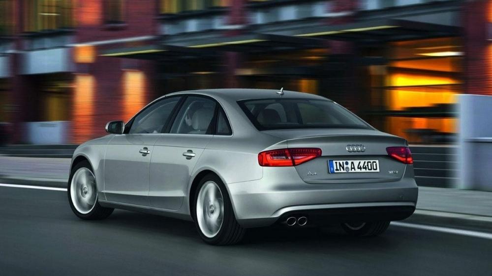 Audi_A4 Sedan_25 TFSI Urban
