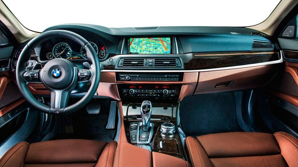 BMW_5-Series Sedan_520d