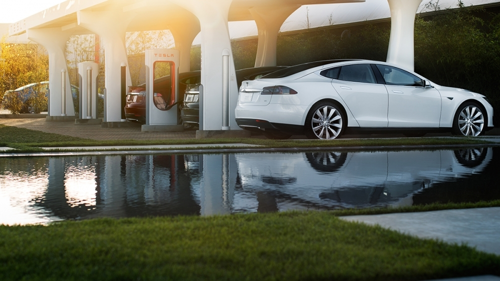 Tesla_Model S_90D