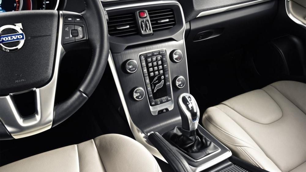 Volvo_V40 _D4運動版
