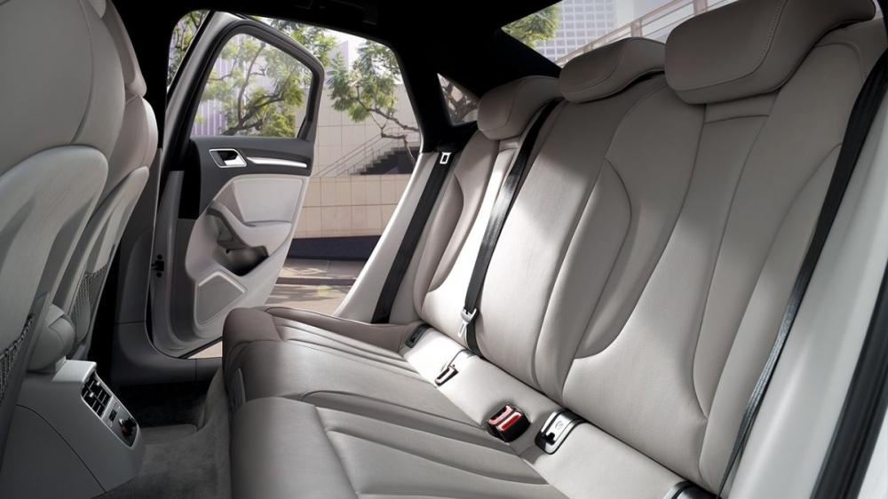 Audi_A3 Sedan_35 TFSI CoD