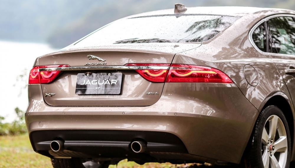 Jaguar_XF_Prestige 20t