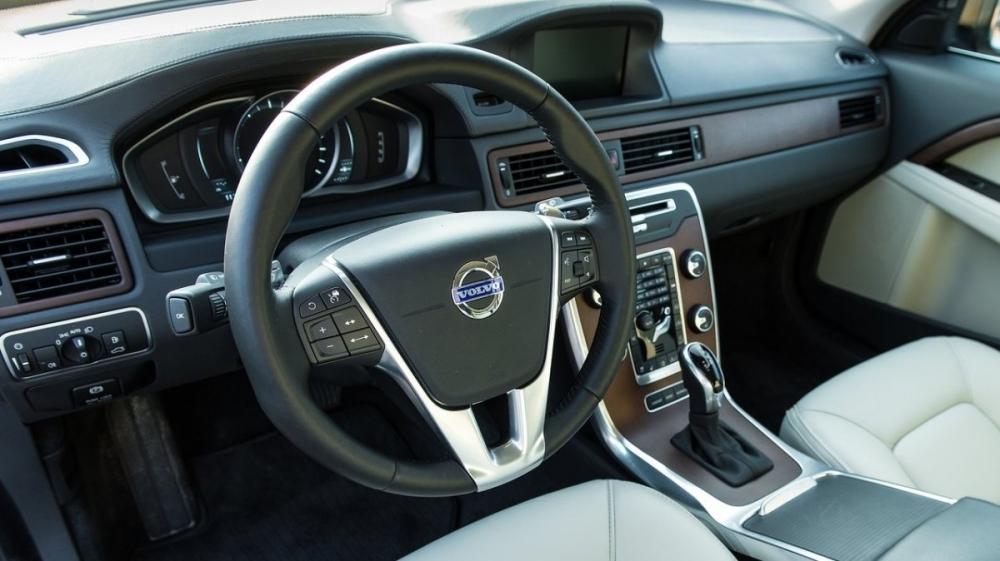 Volvo_XC70_D4 豪華版