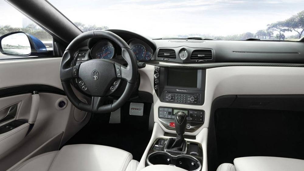 Maserati_GranTurismo _Sport MC Sport Line