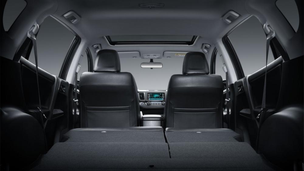 Toyota_RAV4_2.5 4WD