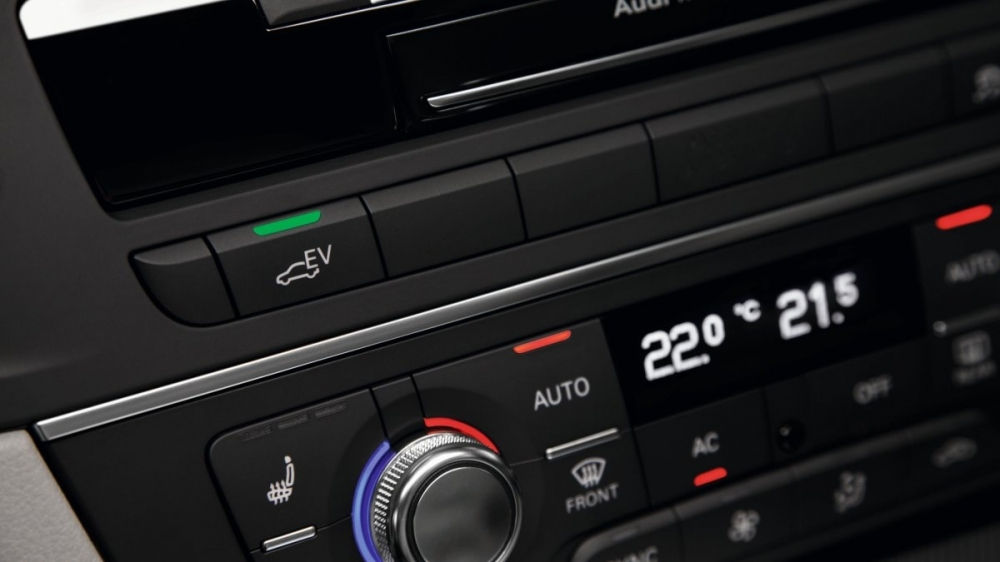 Audi_A6 Sedan_40 Hybrid