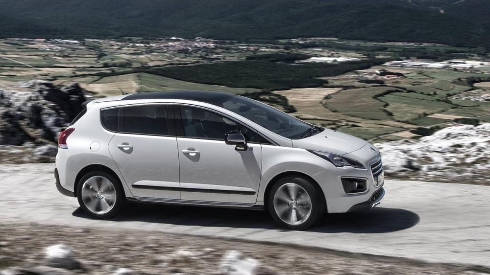 Peugeot_3008_1.6 e-HDi Design