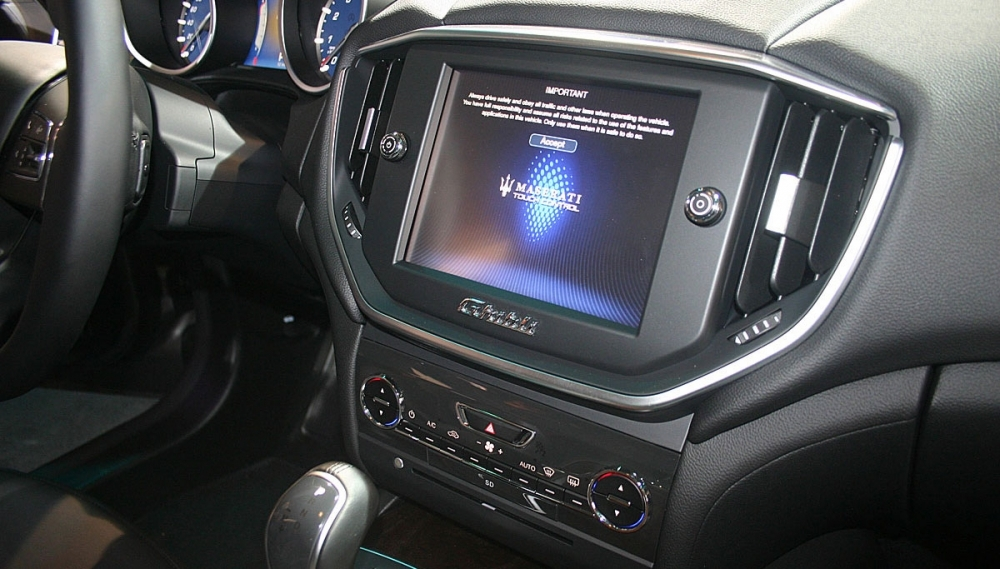 Maserati_Ghibli_3.0 V6