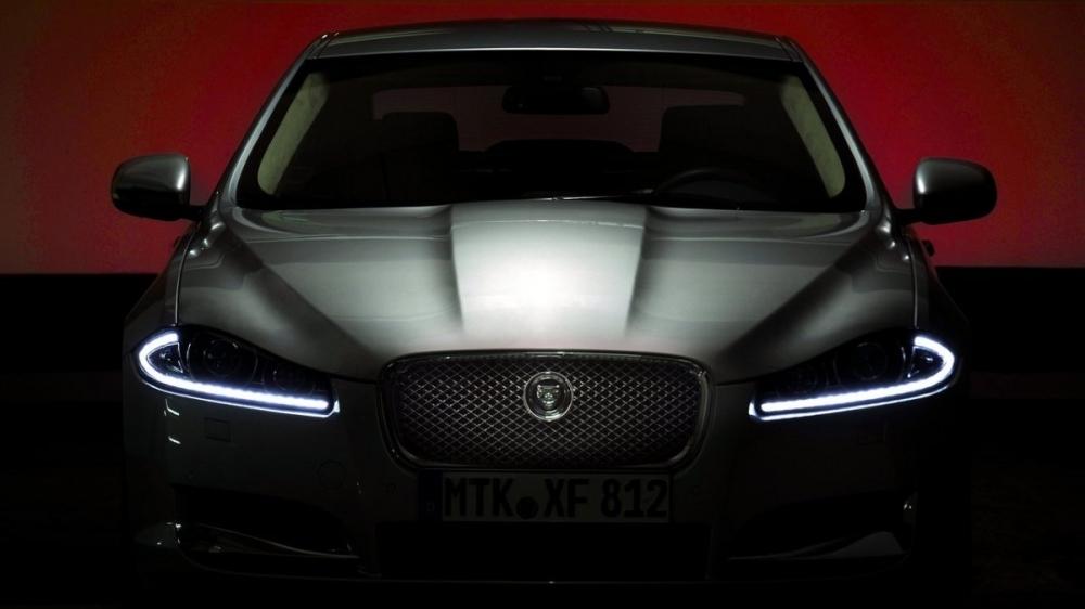 Jaguar_XF_2.2D