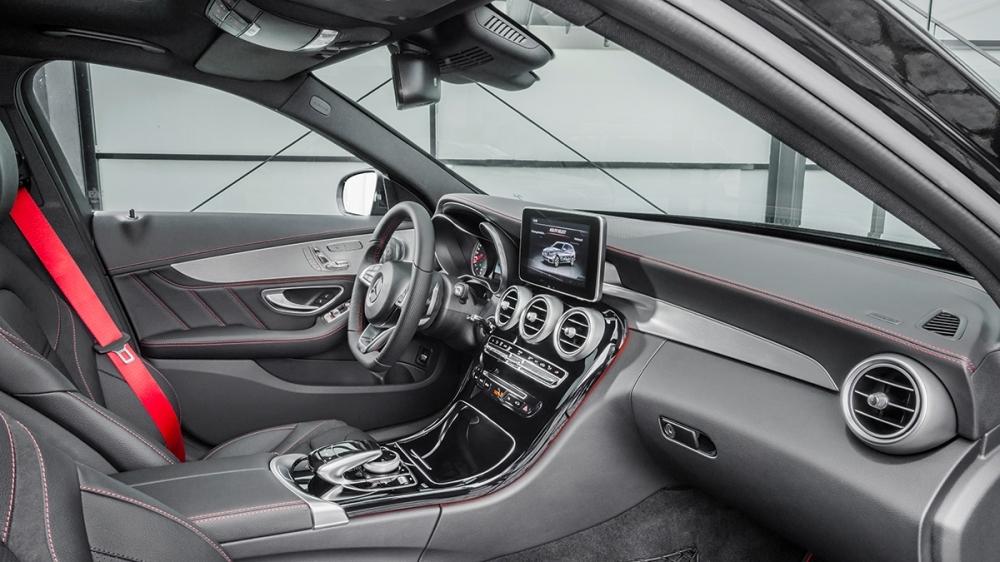 M-Benz_C-Class Estate_AMG C43 4MATIC