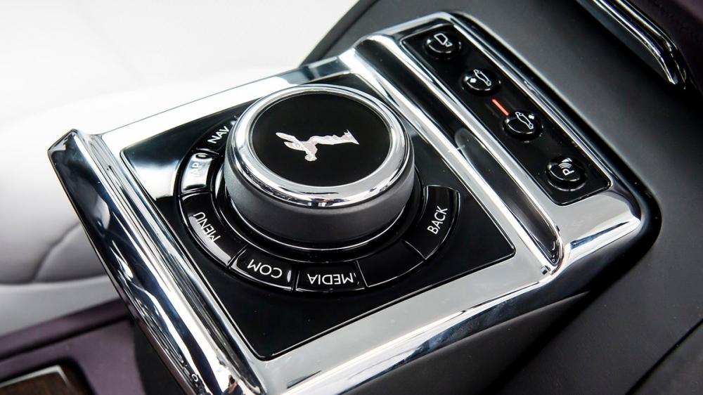 Rolls-Royce_Phantom_6.75 V12 SWB尊榮版