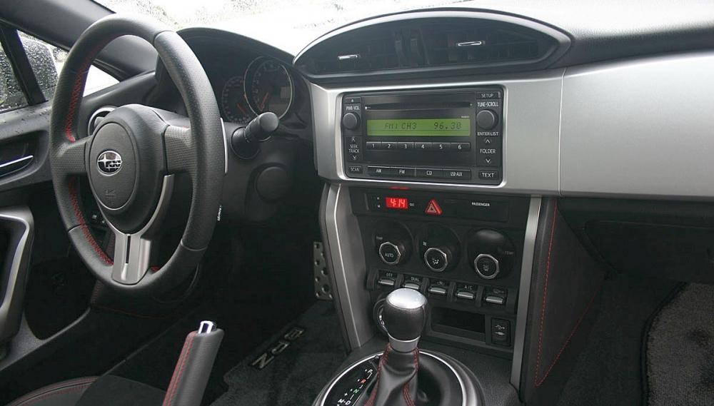 Subaru_BRZ_2.0 6AT