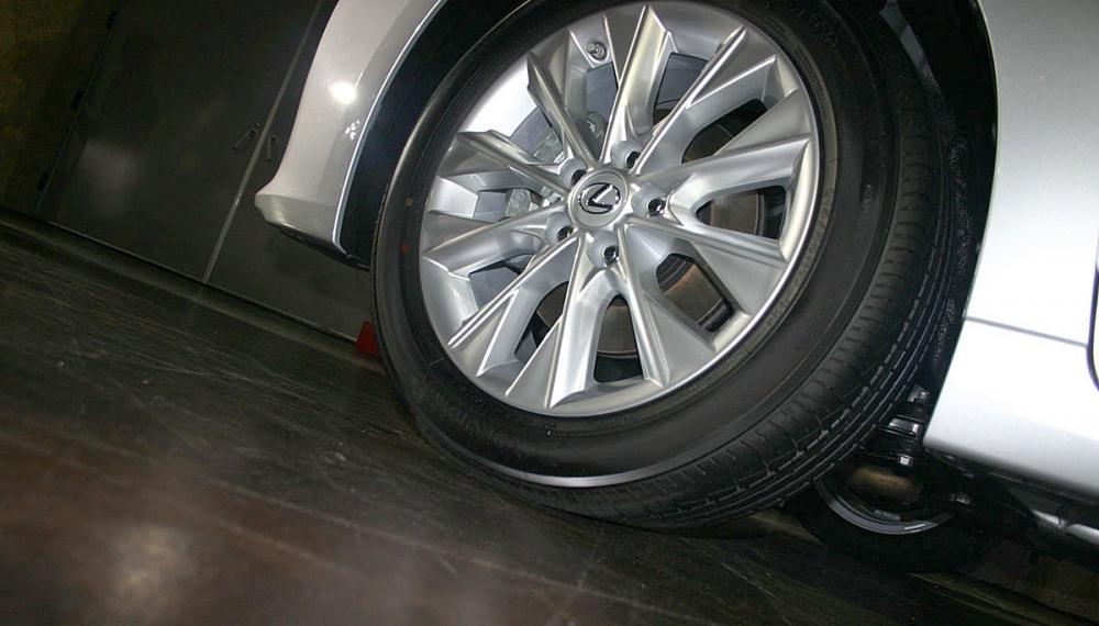 Lexus_ES_300h頂級版