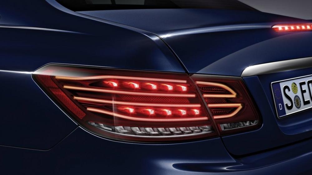 M-Benz_E-Class Coupe_E200