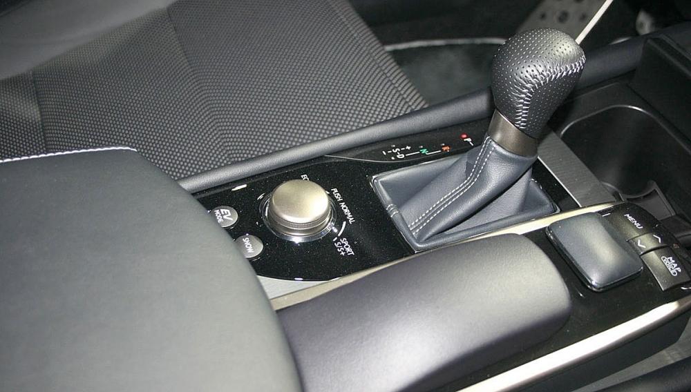 Lexus_GS_300h頂級版