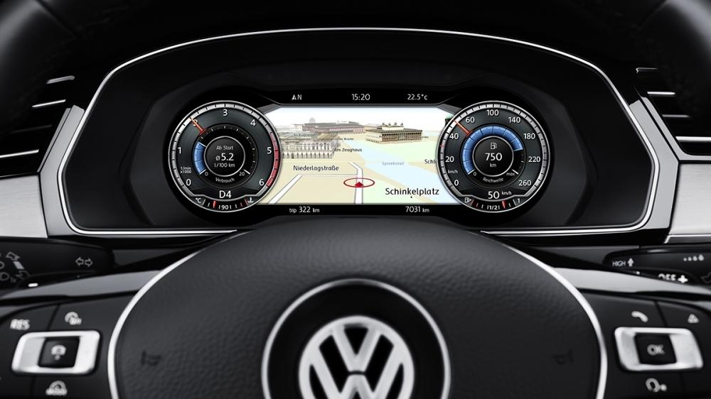 Volkswagen_Passat Variant_330 TSI R-Line