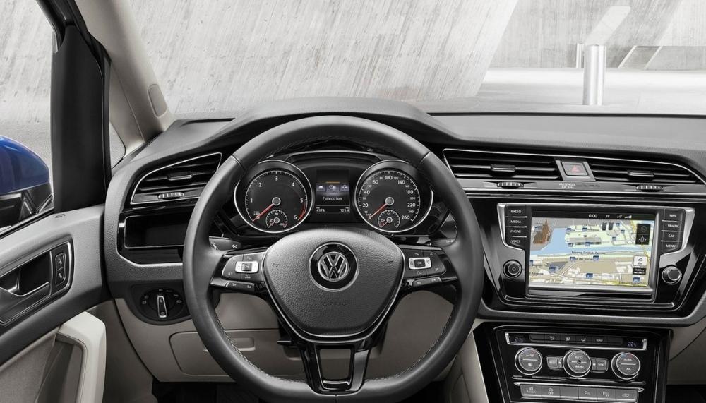 Volkswagen_Touran_280 TSI Comfortline