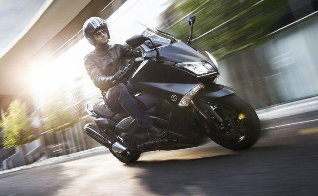 2016 Yamaha TMAX 530特仕版