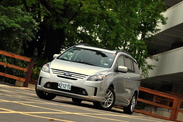 2011 Ford i-Max Ghia Ltd六人座