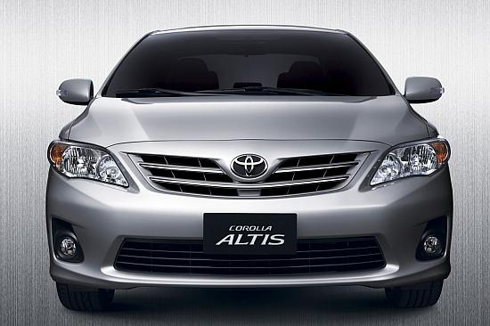 2013 Toyota Corolla Altis 1.8 J