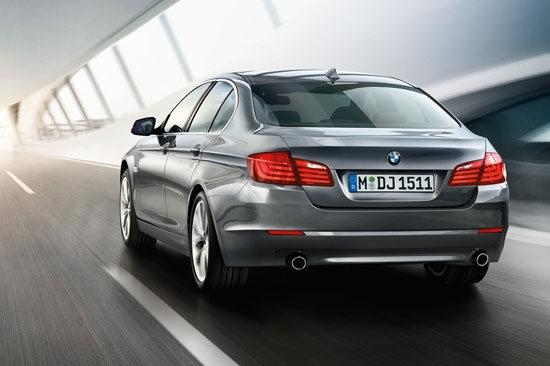 2011 BMW 5-Series Sedan 550i