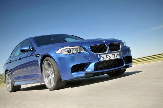 2012 BMW 5-Series Sedan M5
