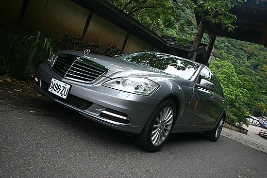 2012 M-Benz S-Class