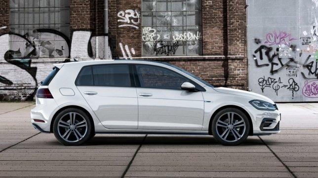 2018 Volkswagen Golf 230 TSI R-Line