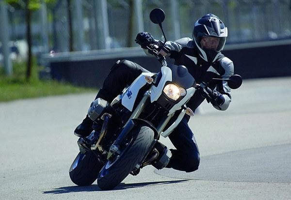 BMW_HP2_Megamoto