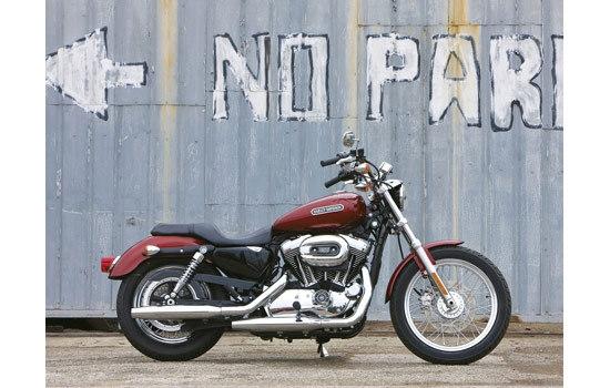 Harley-Davidson_Sportster_XL1200L