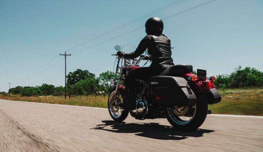 Harley-Davidson_Sportster_1200T Super Low