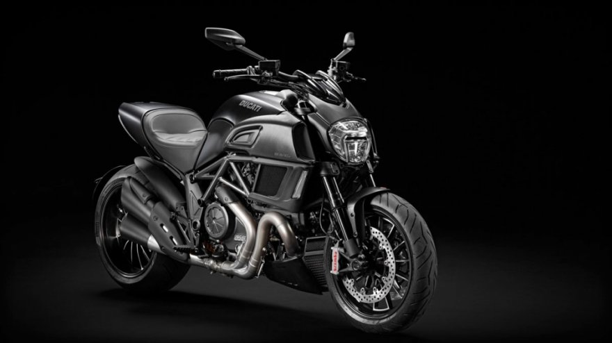 2016 Ducati Diavel 標準版
