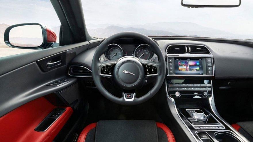 Jaguar_XE_S