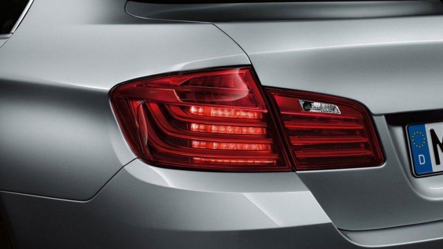 BMW_5-Series Sedan_528i M Sport Package