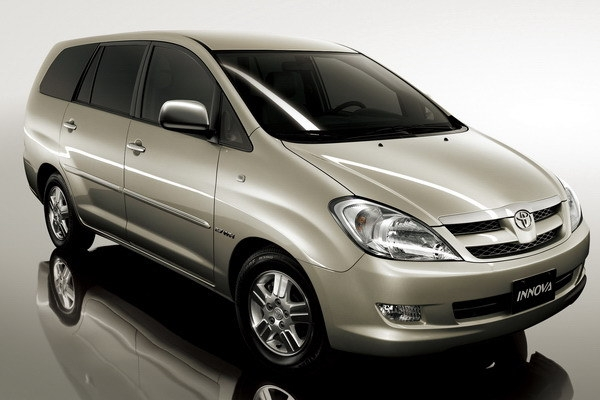 2010 Toyota Innova 2.7 E
