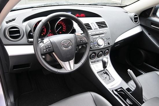 Mazda_3 5D_2.0型動版
