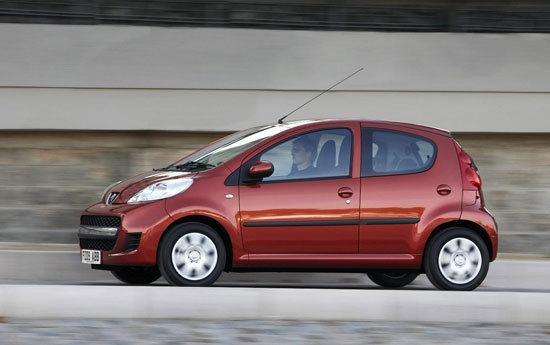 2010 Peugeot 107 羅浮經典版