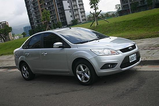 2011 Ford Focus 4D