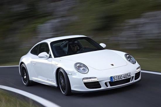 Porsche_911 Carrera GTS_Coupe