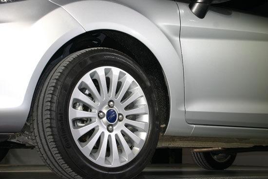 Ford_Fiesta 4D_1.6 Powershift時尚版