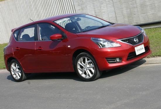 2013 Nissan Tiida 5D 1.6 Turbo S規