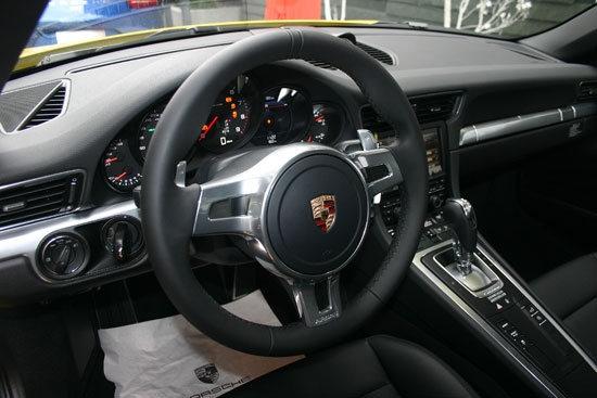 Porsche_911 Carrera 4_S Coupe