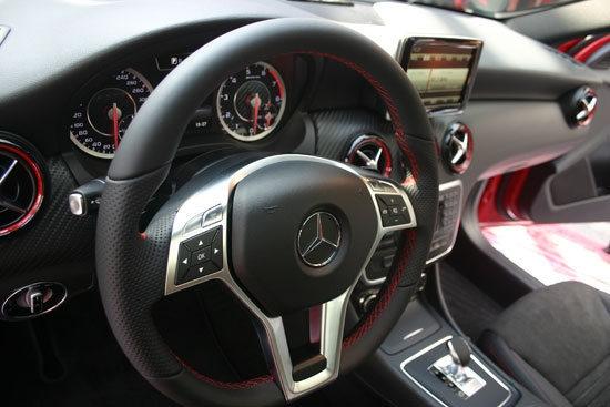 M-Benz_A-Class_A45 AMG 4MATIC